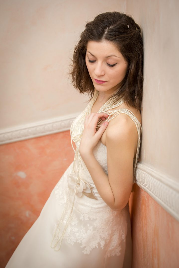 fotografo-matrimonio-roma-abito-sposa-atelier-sposa-roma-rome-destination-wedding-photographer-studio-infocus-weddings